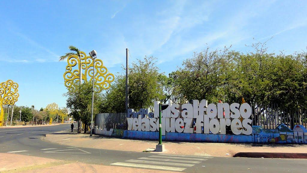 Novedoso Sera La Instalacion De Juegos Mecanicos En El Parque Luis