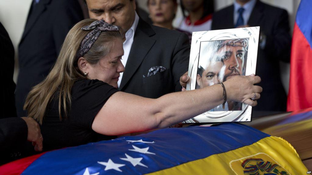 Aseguran que se suicidó el detenido por el atentado a Maduro